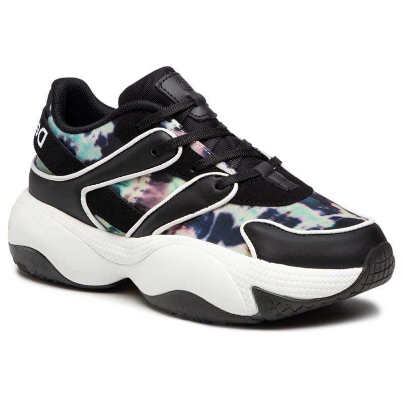 Svarta och färgglada chunky sneakers för 2021