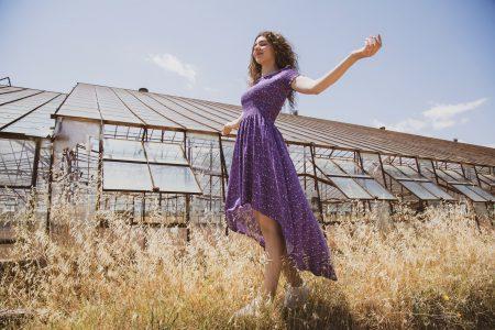 Sommarmode dam 2021 - toppar, underdelar, klänningar, kjolar, accessoarer