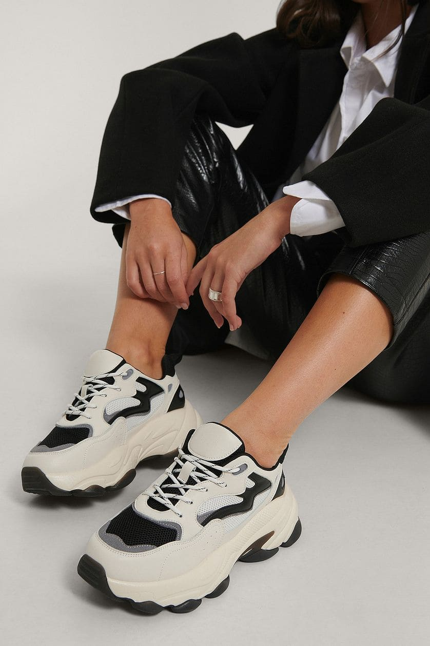 Chunky sneakers i flerfärgad design från Duffy.