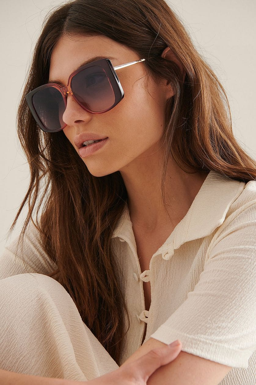 Retro solglasögon i fyrkantig form och brun färg