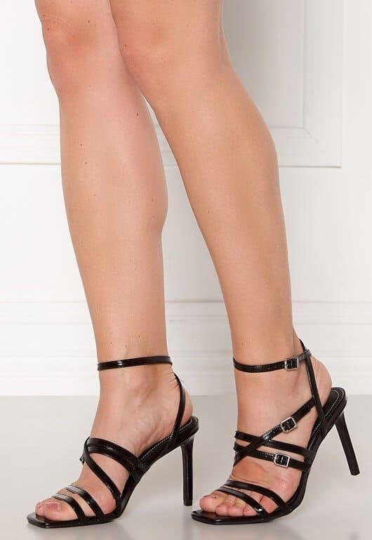 Svarta sandaler med hög klack för dam 2021