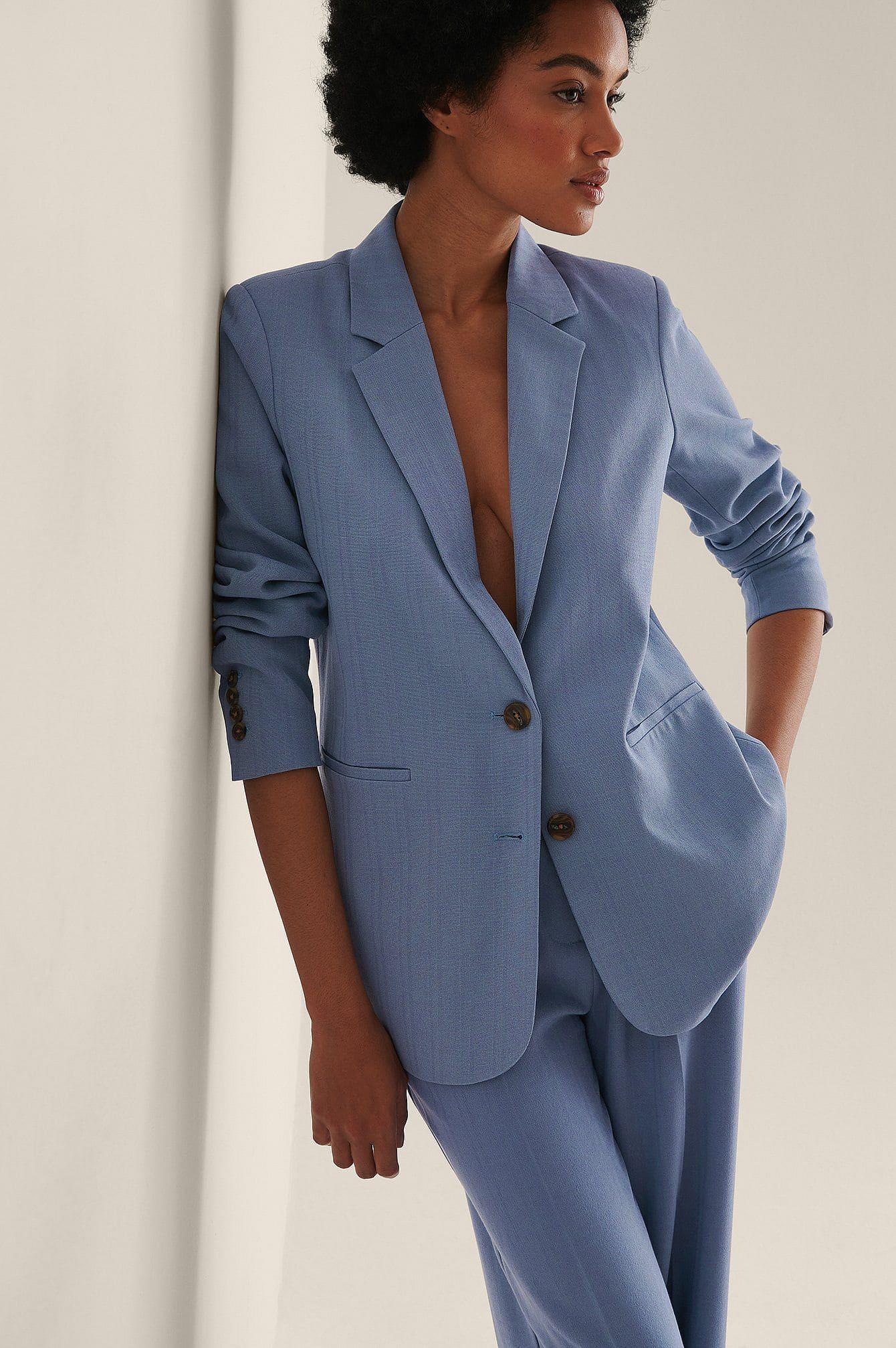 Blå återvunnen kostym med axelvaddar för kvinnor
