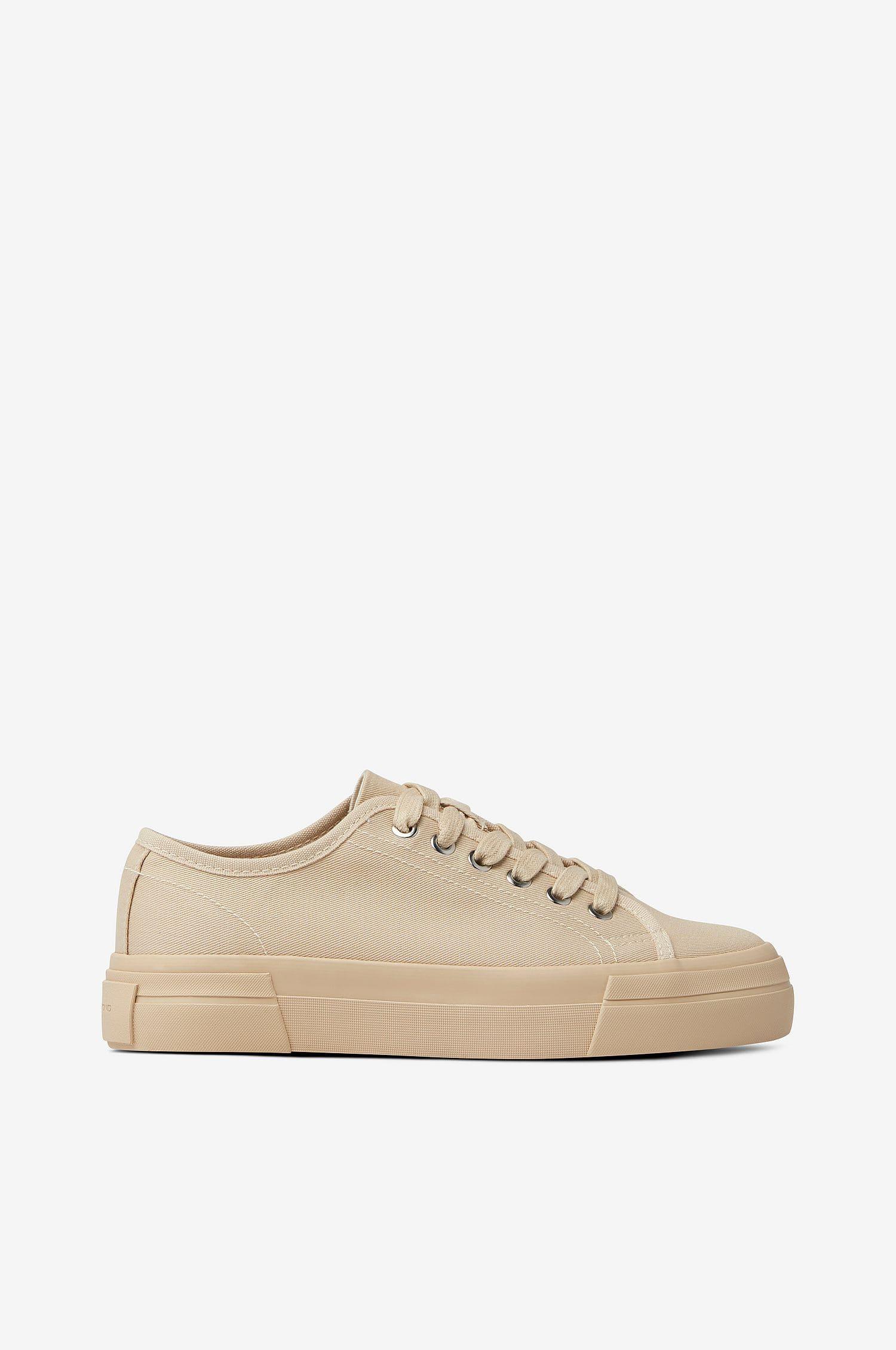 Beige låga sneakers från Vagabond 2021