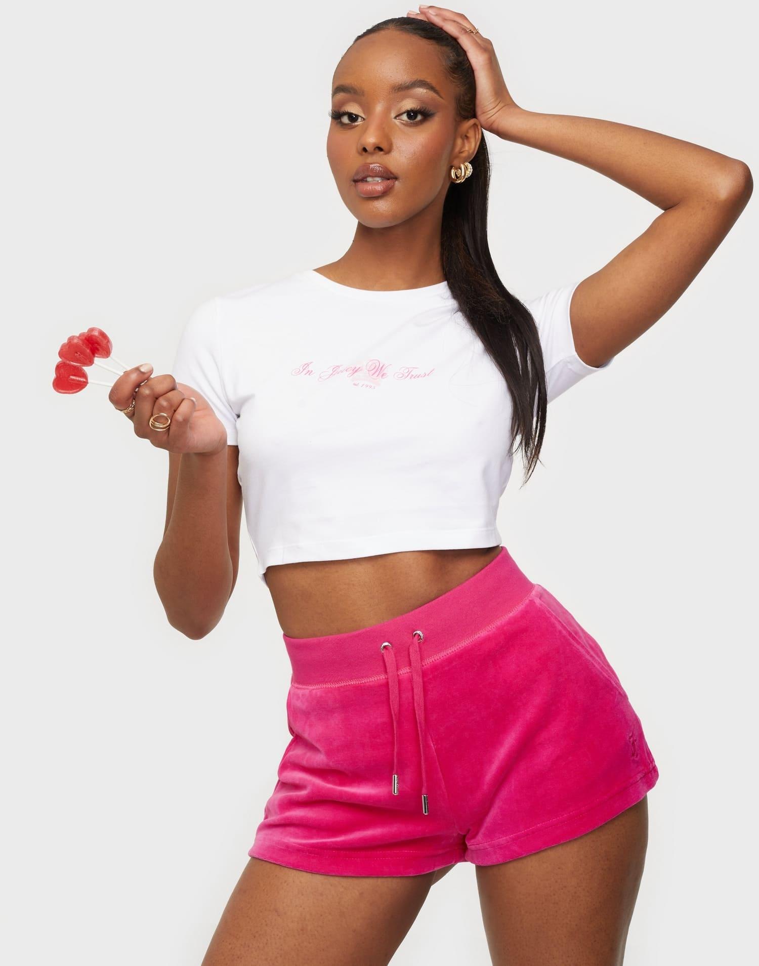 Rosa shorts från Juicy Couture 2021