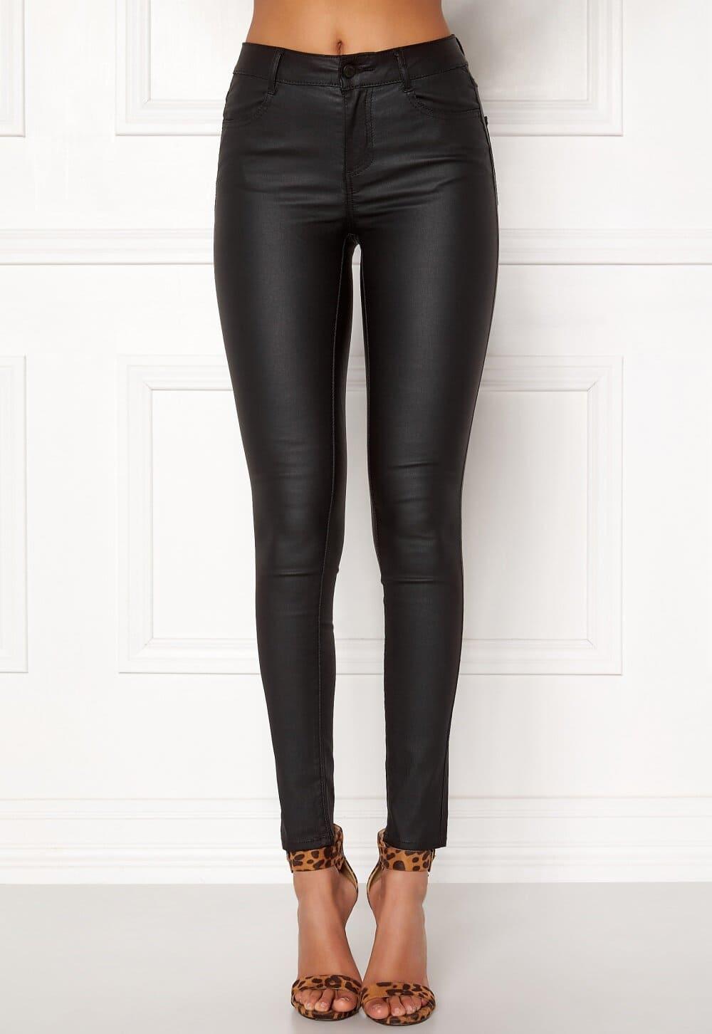 Svarta coatade jeans från Vila.
