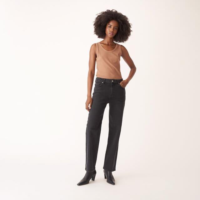Klassiska korta jeans i svart