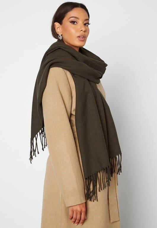 Mjuk, härlig scarf i brun färg för dam