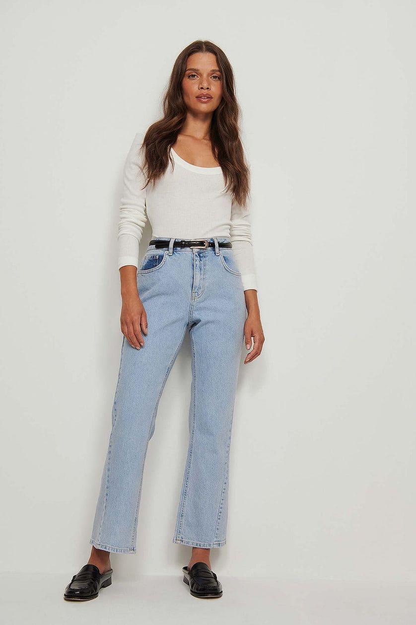 Flared jeans med vriden söm
