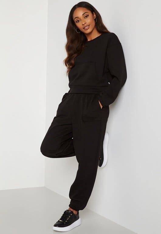 Loungwear set från Puma i svart