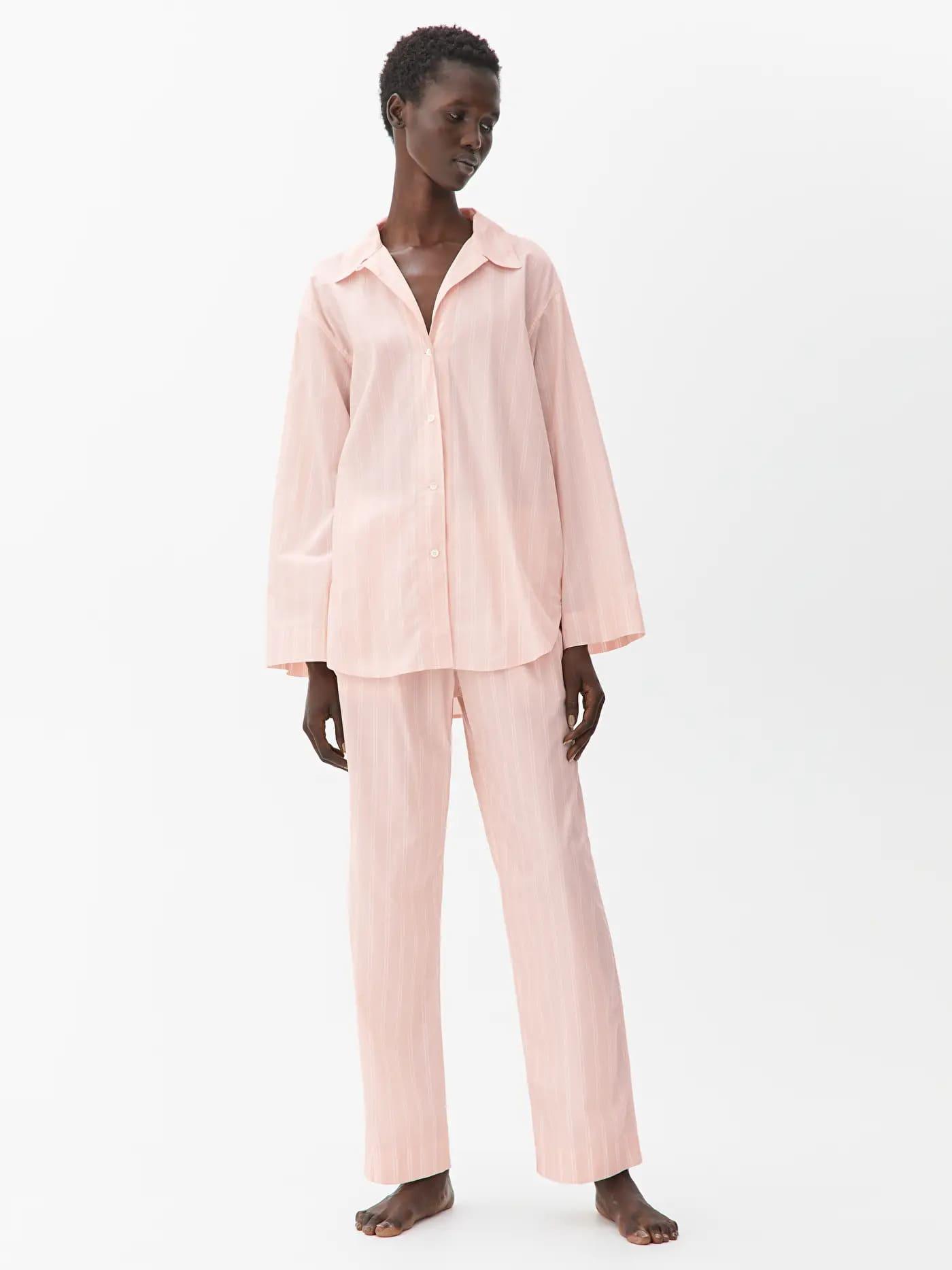Rosa pyjamasbyxor i lång modell för dam