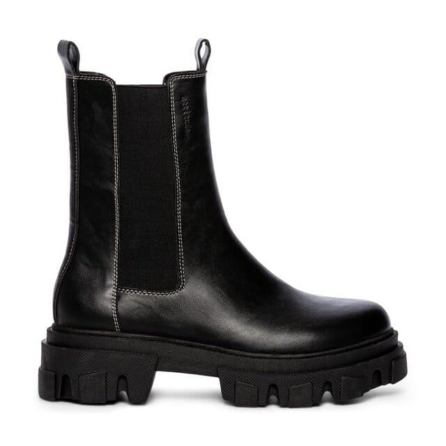 Svarta boots för vintern 2021 / 2021